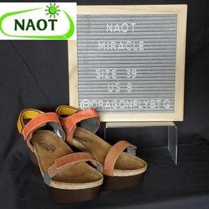 NEW LIST! LNC Not Miracle Wedge Sandals, sz 39/8